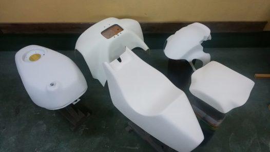 カスタムペイント工程 NSR50の画像