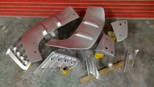 ペイント工程 トヨタC-HR レインボーフレークの画像