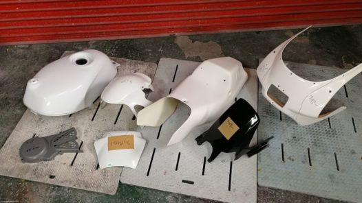 カスタムペイント工程 NSR50 ブルー&ホワイトの画像