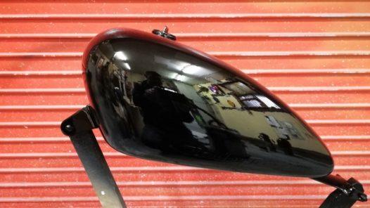 カスタムペイント工程 '11XL1200Sの画像