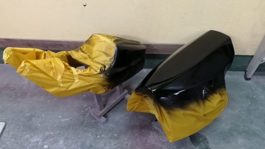 カスタムペイント工程 NSR250 パーツの画像