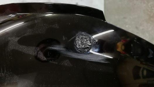 ABS樹脂の不要穴埋めの手順の画像